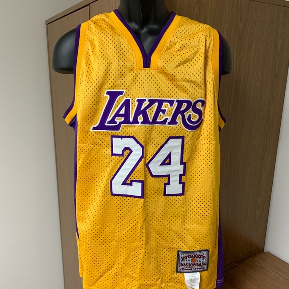 competitive price 20f91 19904 Lakers. Kobe Bryant Jersey